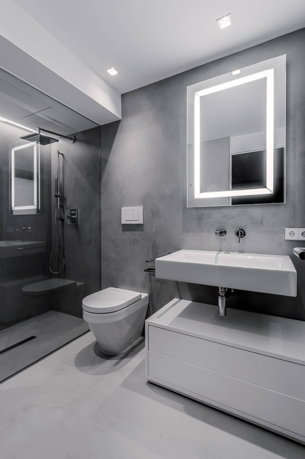 Hartsi ja mikrosementti ovat hyviä tuotteita kylpyhuoneen pinnoittamisessa.